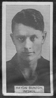 1933 W D & H O Wills Footballers Haydn Bunton trade card