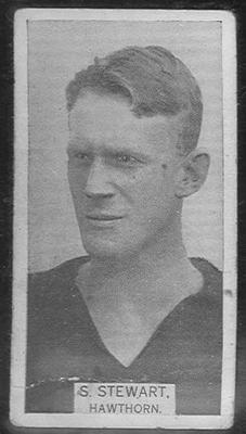 1933 W D & H O Wills Footballers Stuart Stewart trade card