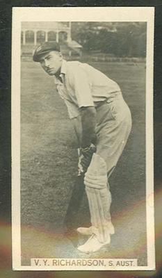 Trade card featuring Vic Richardson c1930s
