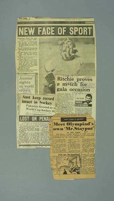 Newspaper clippings related to hockey matches; Documents and books; 1987.1627.274