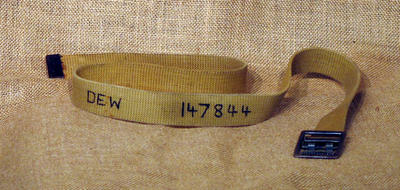 Belt from RAAF uniform, worn during WWII occupation of MCG; Clothing or accessories; 1992.2614.1