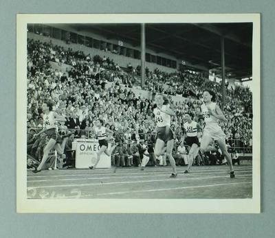 Photograph of women's 100 yard sprint final, 1954 British Empire & Commonwealth Games