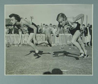Photograph of Marjorie Jackson and Winsome Cripps commencing a race, c1952