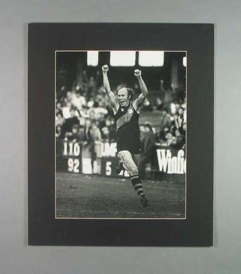 Photograph of Kevin Bartlett during his 350th VFL game, 6 June 1981; Photography; 2006.4527.31