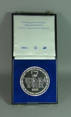 Medallion presented to Brian Dixon by Deutscher Sportbind - 'Trimm-Trab Ins Grune' 1992