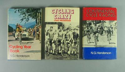 Assorted books and booklets relating to bicycles, cycling and cycling history; Documents and books; 2006.4952