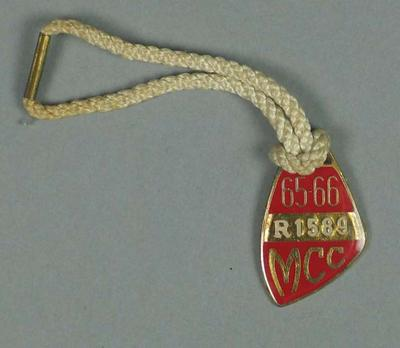 Restricted membership medallion issued by the MCC for season 1965/66; Trophies and awards; M15617