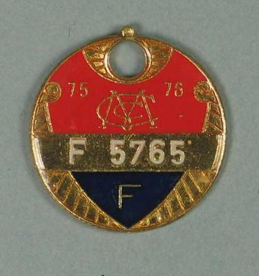 Full membership medallion issued by the MCC for season 1975/76
