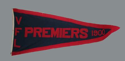 1900 VFL Premiership pennant, won by Melbourne FC; Flags and signage; M15883