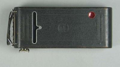 Camera - Closed Pocket Kodak No. 1A used by T.H. Harry Morris; Photography; 1995.3109.30