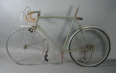 Grey Malvern Star bicycle, without seat, owned by Bob Pearson in the 1930s-50s