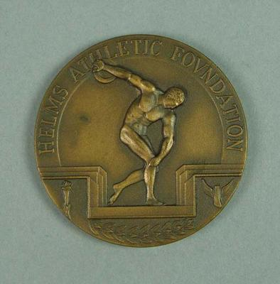 Bronze medallion recognising the contribution of Frank Beaurepaire to Australian athletics, presented by the Helms Athletic Foundation