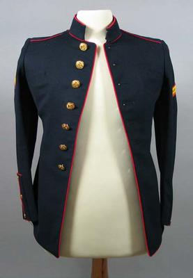 US First Marines dress uniform jacket, associated with the military occupation of the MCG; Clothing or accessories; M15903