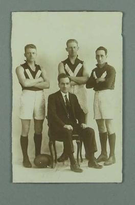 A black and white photograph of Barney Carr and three other men, c.1920s