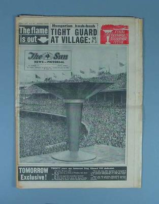 "Newspaper, ""The Sun News-Pictorial"" 10 Dec 1956"
