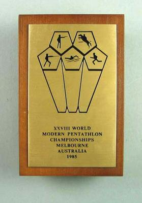 Commemorative plaque, XXVIII World Modern Pentathlon Championships 1985