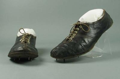1956 Olympic Games, Melbourne:  A pair of Running Shoes Worn by Chris Chataway in 5,000 mtr. Race
