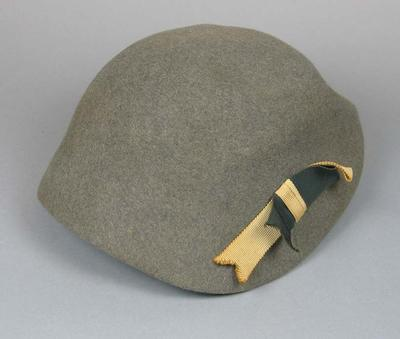 Felt hat, worn by Marjorie Jackson at 1952 Olympic Games