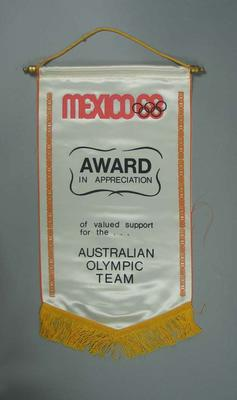 Wall hanging, presented to 1968 Australian Olympic Games team; Domestic items; 1992.2693.1