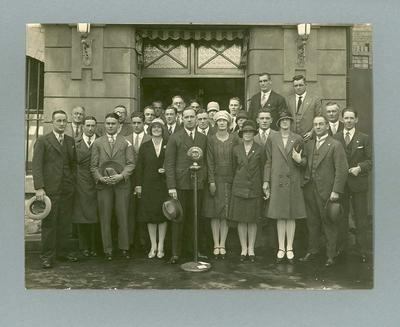 Photograph of 1928 Australian Olympic Team, outside Radio Station 3LO; Photography; 1995.3108.41