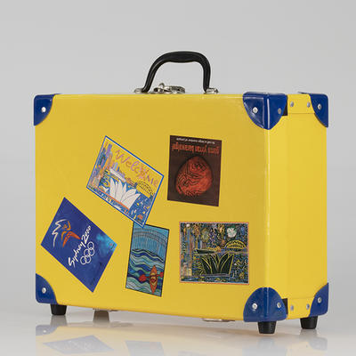 Suitcase, Sydney 2000 Olympic Games Opening Ceremony audience kit