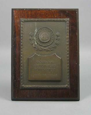 Plaque, Award for Contemporary Achievement presented to Percy Cerutty