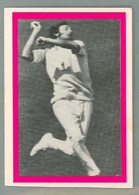 1974 Sunicrust Cricket - Australia v England, Mike Hendrick trade card