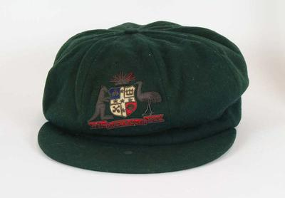 Baggy green worn by Hugh Pud Thurlow in 1931-32