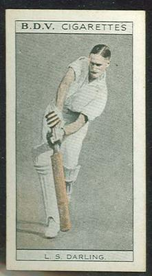 1933 Godfrey Phillips (BDV) Who's Who In Australian Sport Len Darling & Father's Footsteps trade card