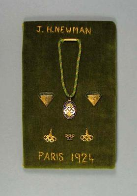 Embroidered mount with medallion, cufflinks and pins - worn by Jack Newman, 1924 Olympic Games; Trophies and awards; 2000.3647.6
