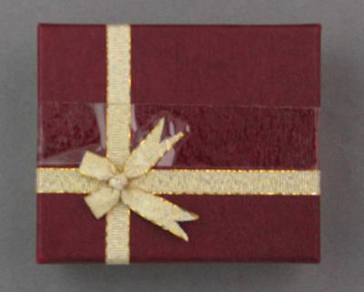Box for commemorative medallion