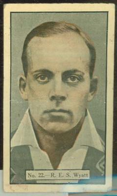 1936-37 Allen's Cricketers Robert Wyatt trade card