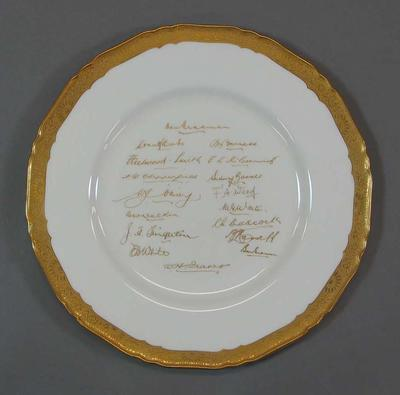 Royal Worcester bone china plate commemorating visit by 1938 Australian Cricket Team