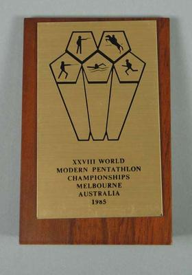 Mounted bronze plaque - 'XXVIII World Pentathlon Championships Melbourne Australia 1985'