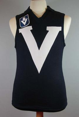 Victorian sleeveless guernsey, worn by Leigh Matthews; Clothing or accessories; 2007.485
