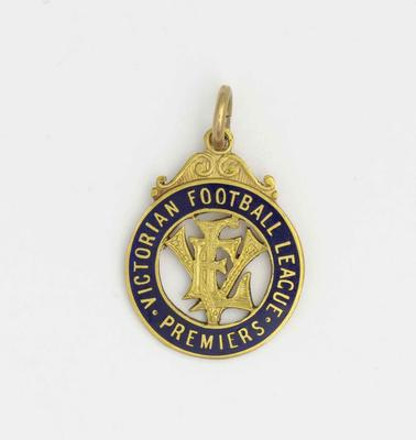 Victorian Football League premiership medal, awarded to Norm Smith - 1939