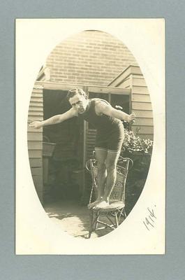 Postcard, depicts Frank Beaurepaire demonstrating a dive - 1914