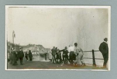 Postcard, image of Frank Beaurepaire on promenade at Hastings - 1910