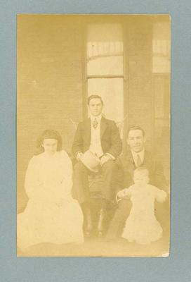Postcard, image of Frank Beaurepaire with family group