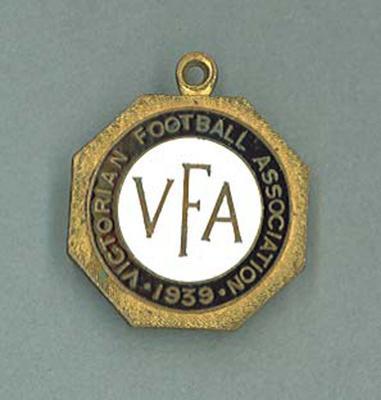 Membership medallion, Victorian Football Association - 1939 season