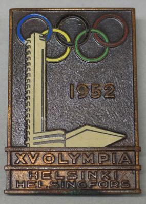 Badge worn by Vern Barberis, 1952 Helsinki Olympic Games