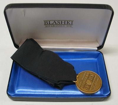 Albury-Wodonga Festival of Sport Hall of Fame medal, presented to Vern Barberis