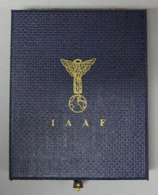 IAAF World Indoor Record for Women's Pole Vault plaque, presented to Emma George - 10 Dec 1996