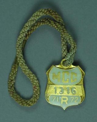 Melbourne Cricket Club restricted membership badge, season 1971/72