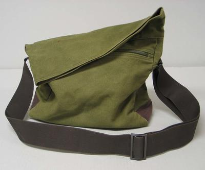 Canvas bag, used by Mick Parker
