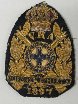 Navy bullion badge - Queen's Thirty 1897 - awarded to William Todd by the National Rifle Association
