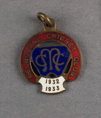Melbourne Cricket Club membership badge, season 1932/33