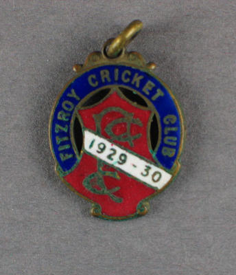 Membership badge, Fitzroy Cricket Club - season 1929/30