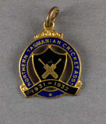 Membership badge, Northern Tasmanian Cricket Association - season 1931/32
