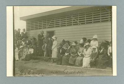 Postcard, image of spectators at Footscray State School swimming meet - 1911
